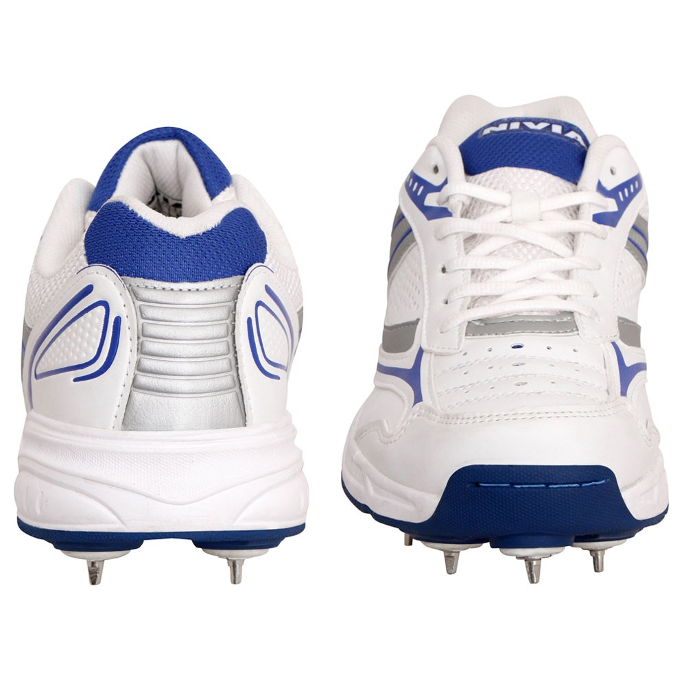 Nivia Lords Cricket Shoes