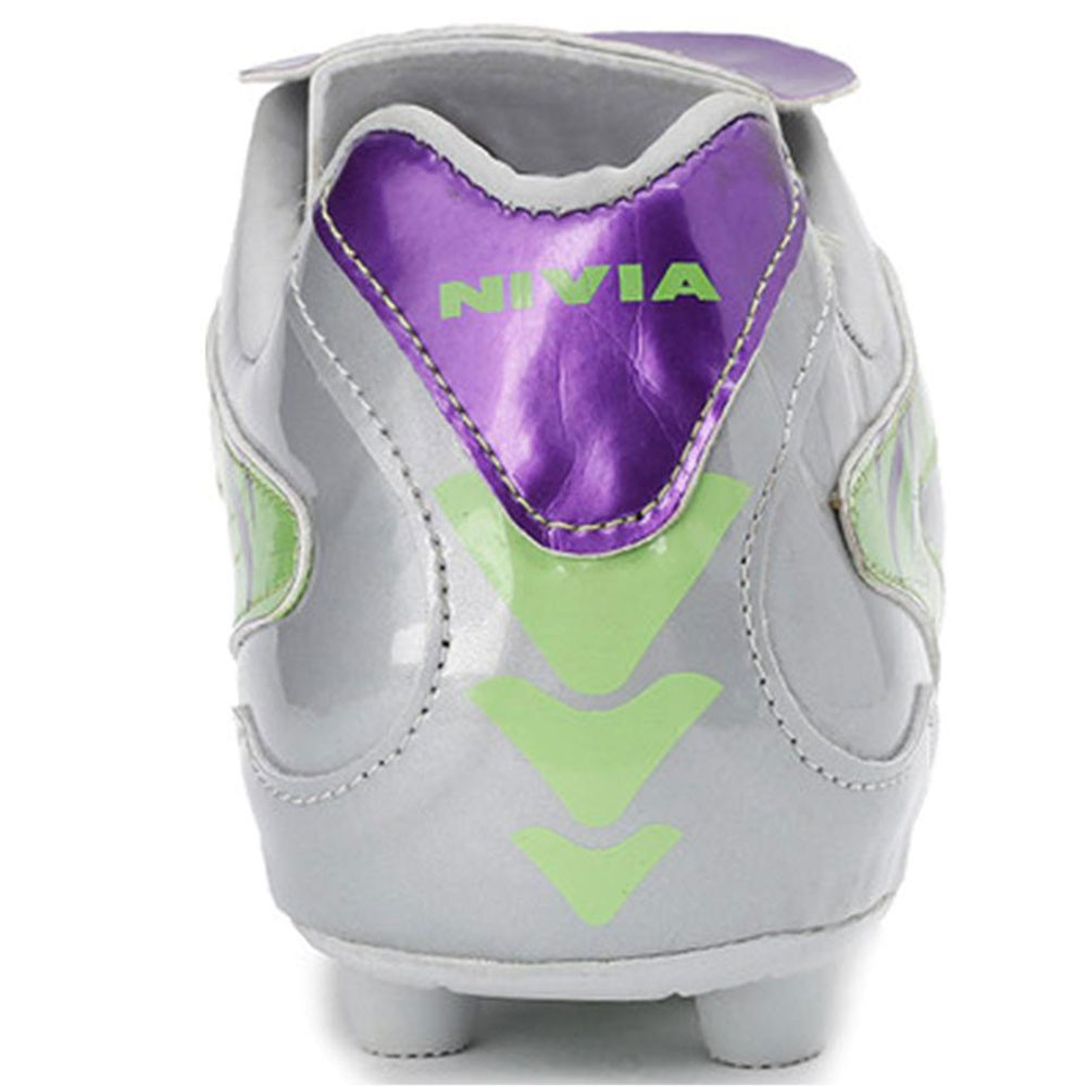 Nivia Raptor Football Stud